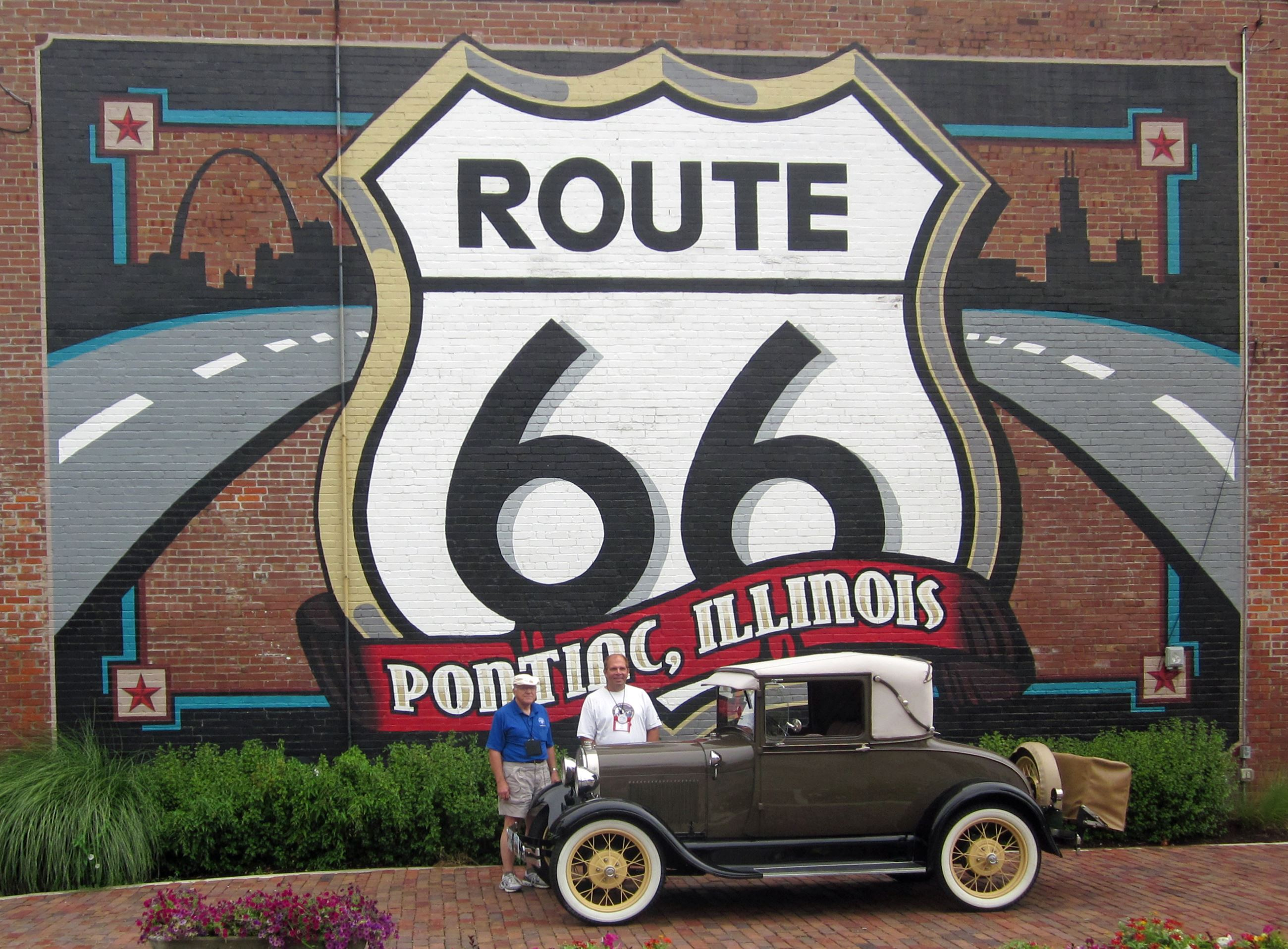Antique auto at Route 66 Mural