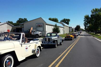 Jeepsters arriving in Pontiac